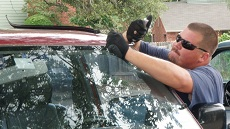 Atlanta Windshield Replacement, step 2: Prepare to Install New Windshield