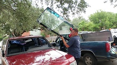 Installing Windshield in Atlanta GA, step 3: Setting New Windshield