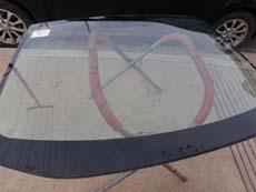 Installing Windshield in Las Vegas NV, step 3: Setting New Windshield