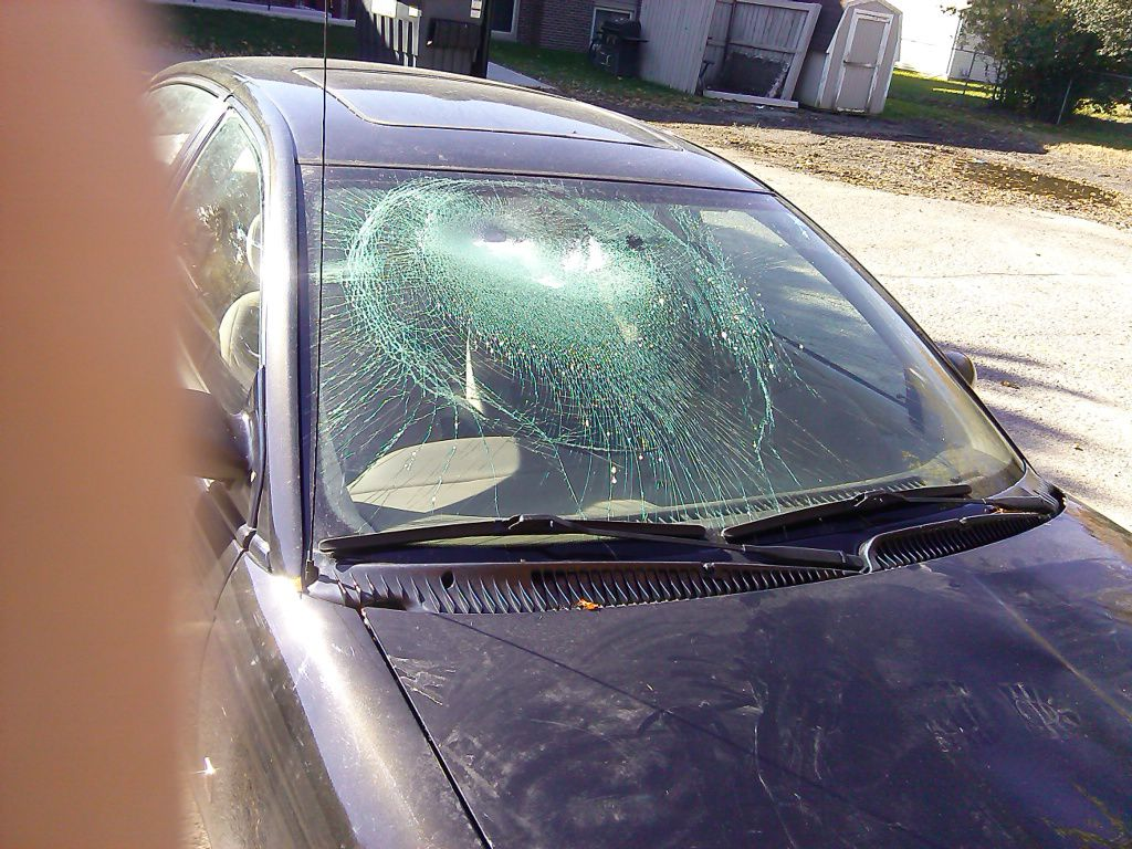 Saturn Windshield Replacement Prices & Local Auto Glass Quotes