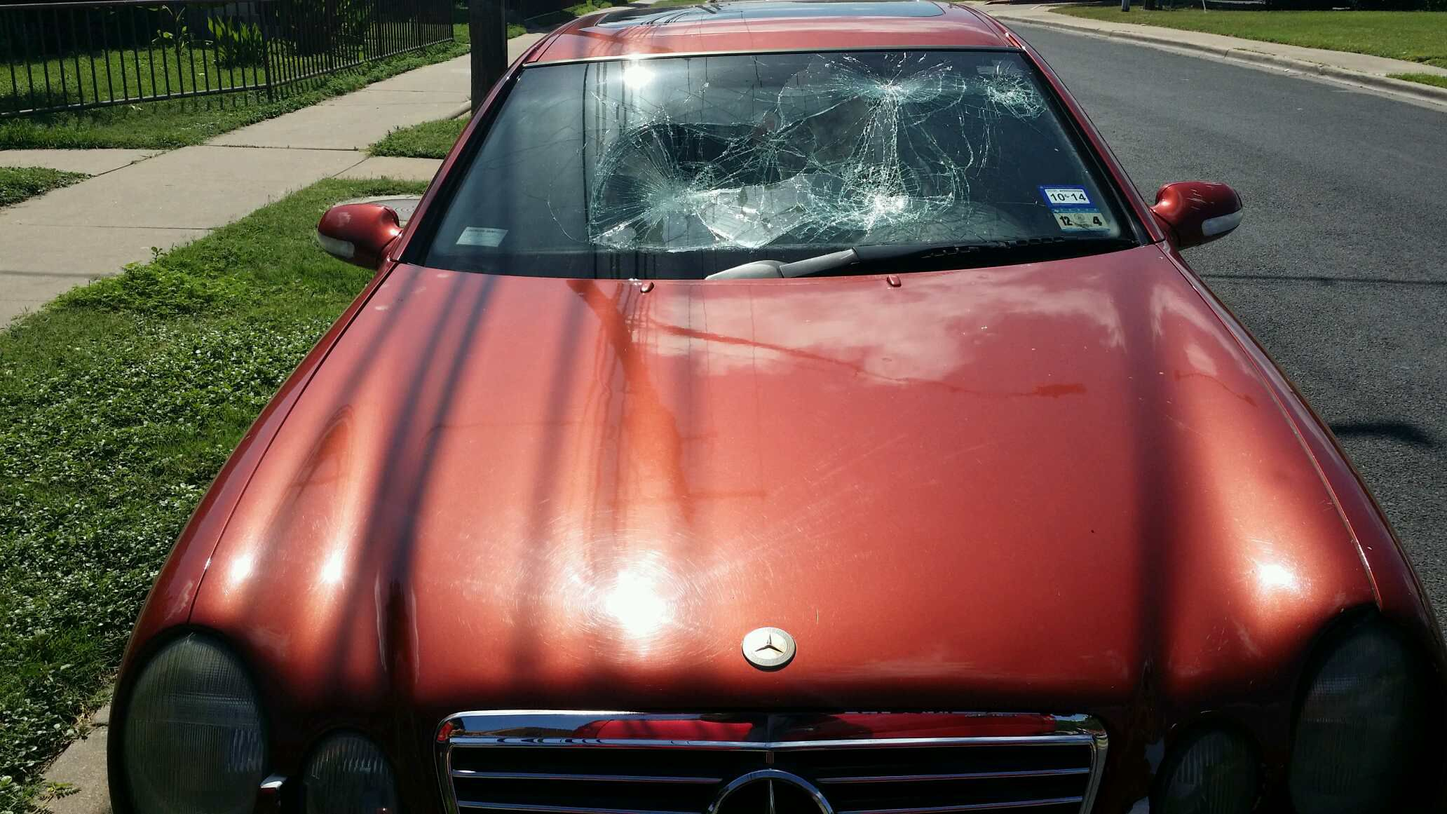 Clk320 2 door coupe windshield replacement prices local for Mercedes benz glass replacement