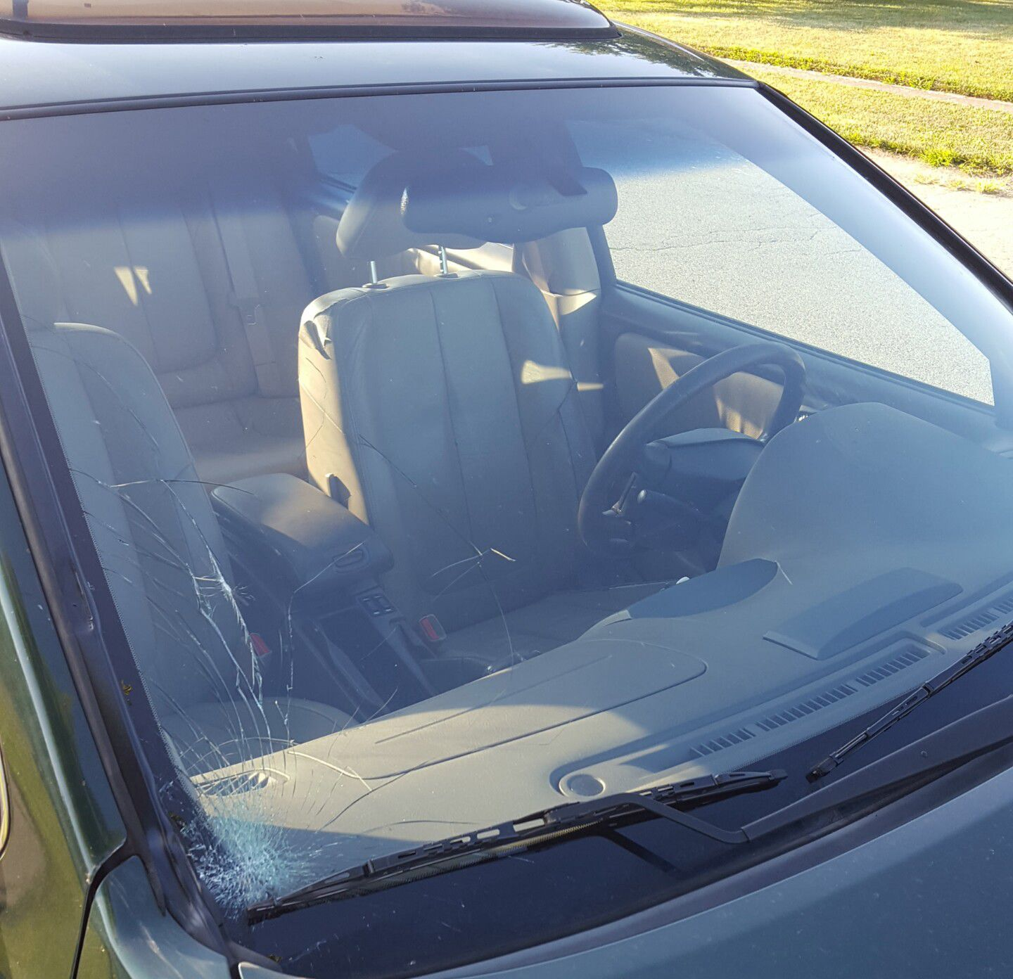Nissan Windshield Replacement Prices Amp Local Auto Glass Quotes
