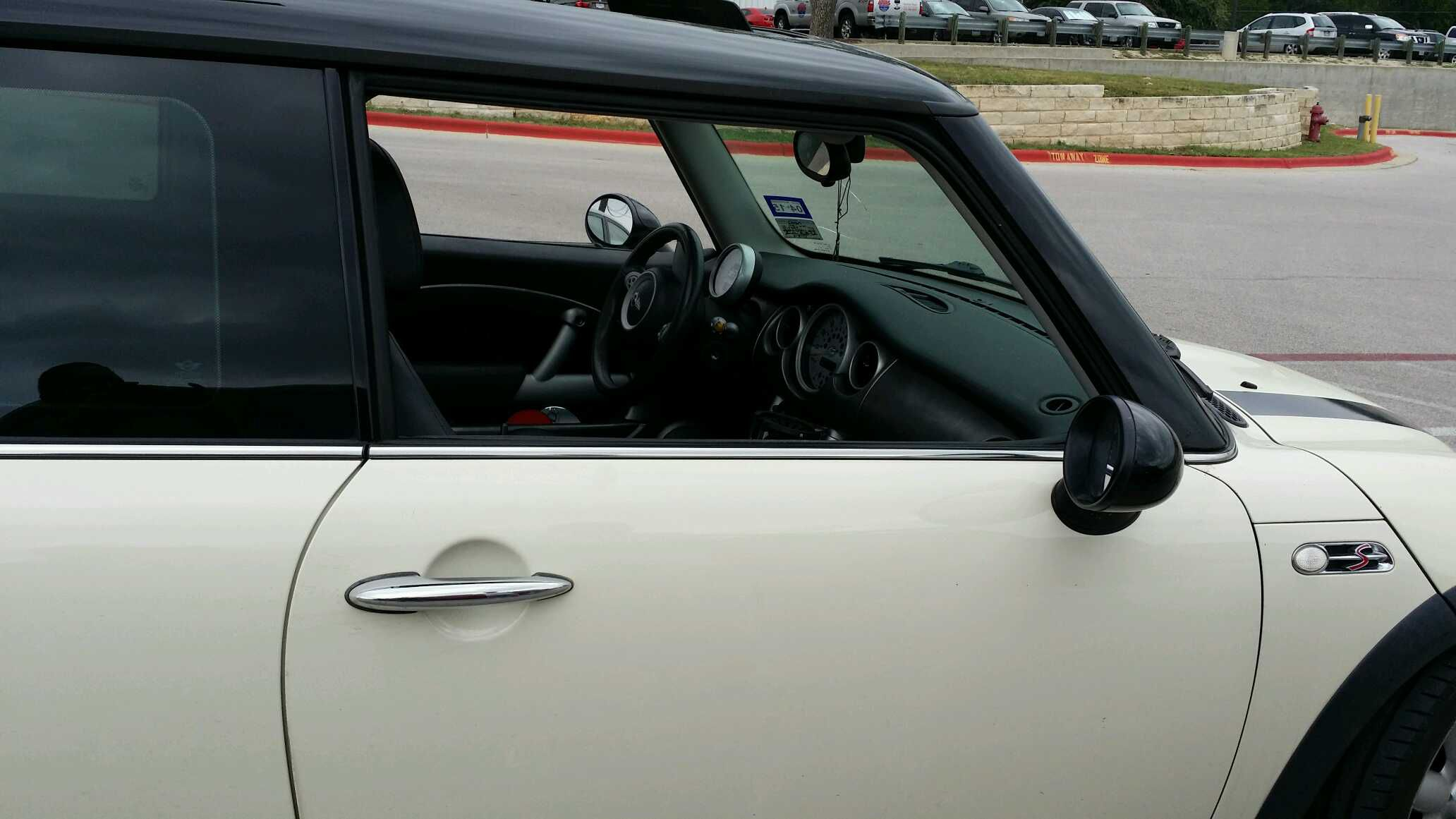 Front Windshield Replacement >> MINI Windshield Replacement Prices & Local Auto Glass Quotes