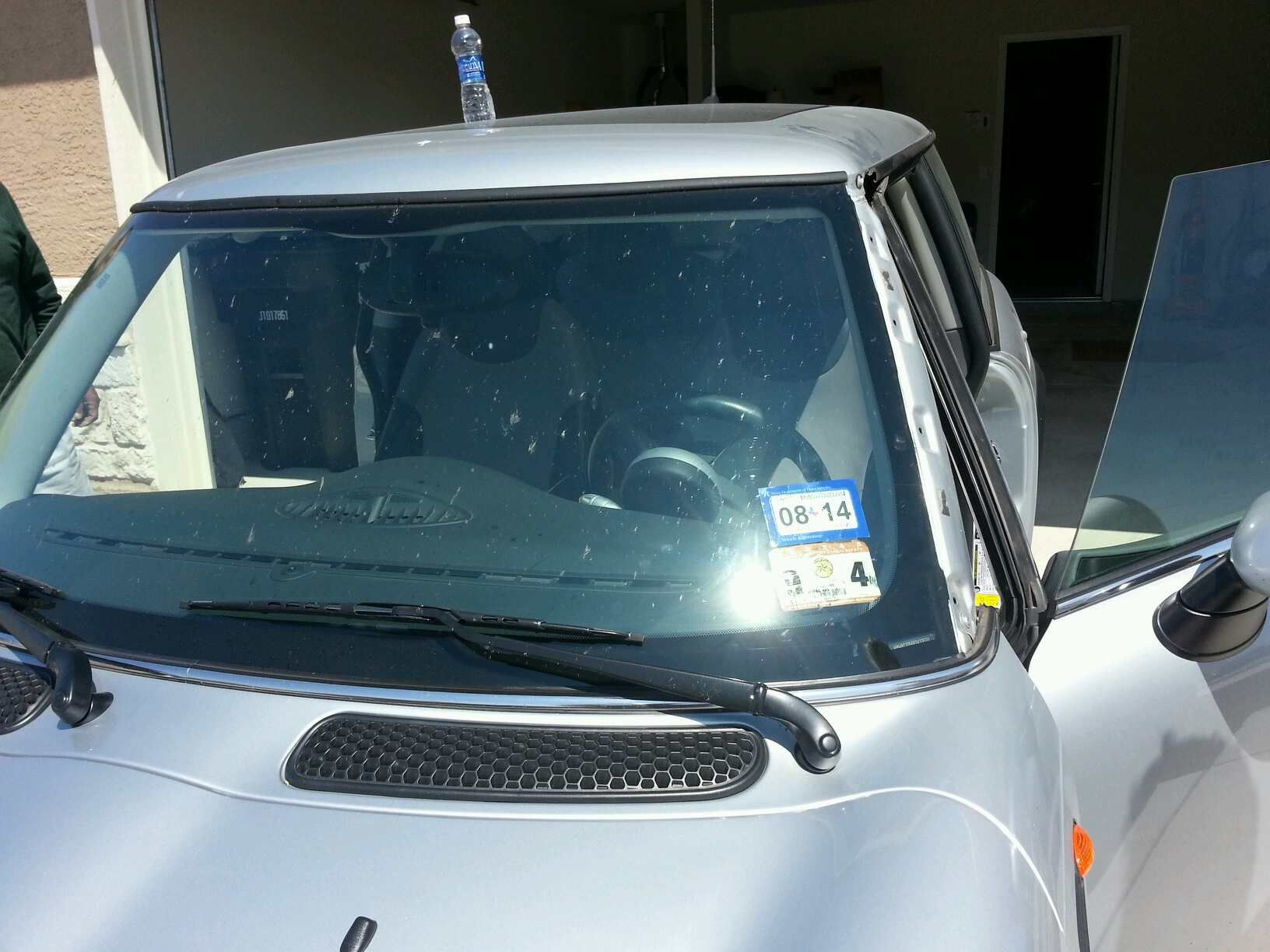 MINI Windshield Replacement Prices & Local Auto Glass Quotes