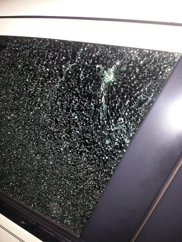 Chrysler Door Sedan Door Glass Front Driver Side