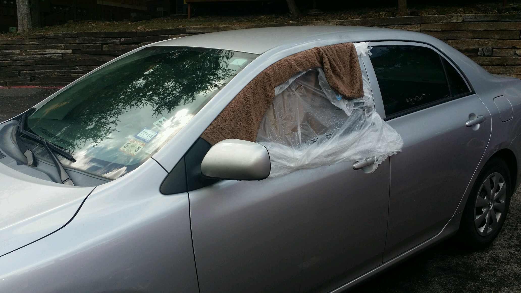2010 toyota corolla 4 door sedan front driver 39 s side door glass. Black Bedroom Furniture Sets. Home Design Ideas