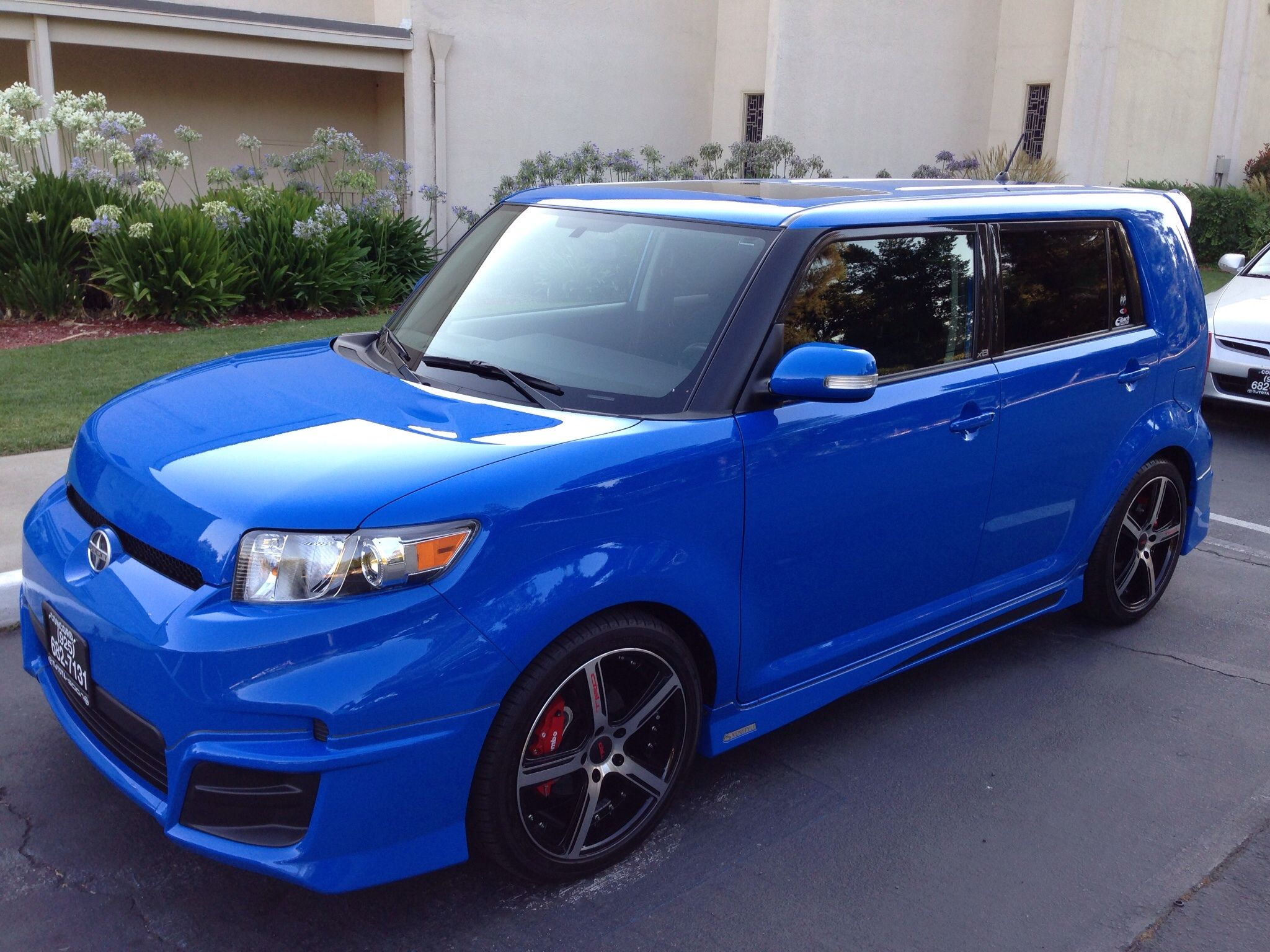 scion interior car xb full toyota spondent