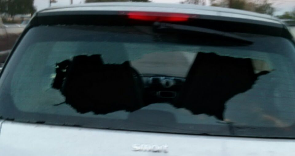 doors window glass glasses car near chip repair shop replacement me door cracked cost windshield auto